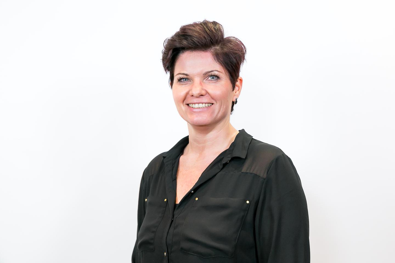 Melanie Henze